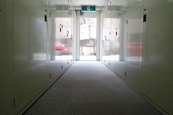 トランクルーム川崎浜町店 室内2