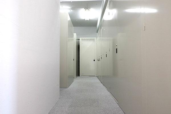 トランクルーム生麦 室内3