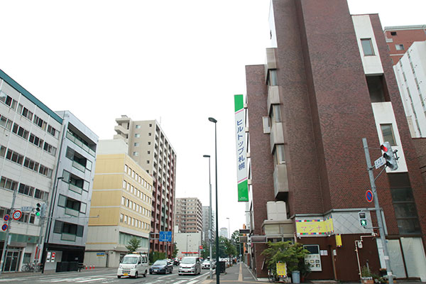 トランクルーム札幌北4条 外観