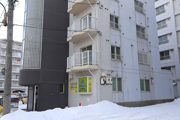 トランクルーム札幌南17条店 正面