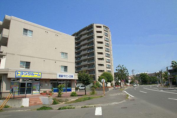 トランクルーム札幌大谷地店 外観