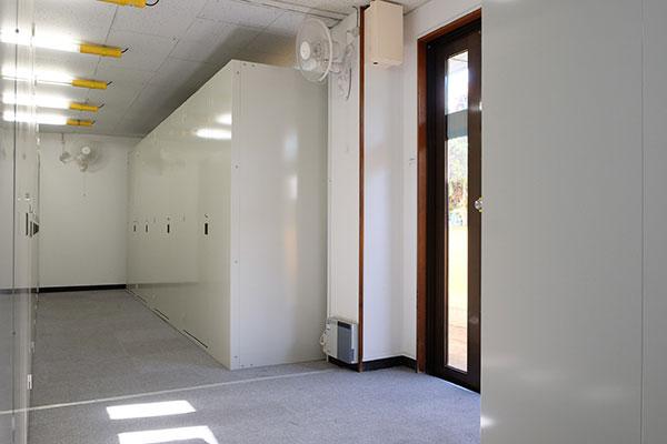 トランクルーム鶴見栄町室内
