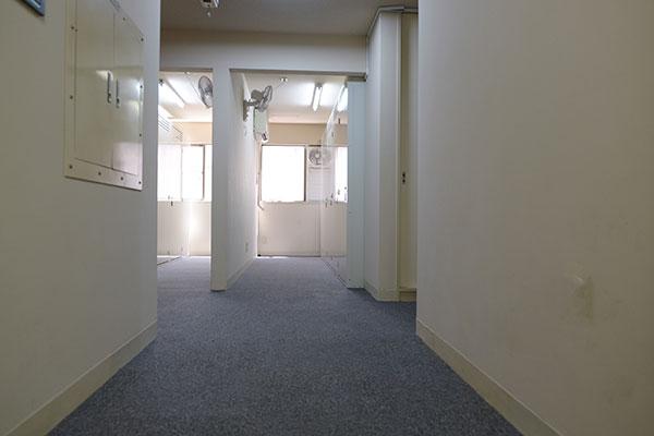 トランクルーム鶴見市場店 室内3